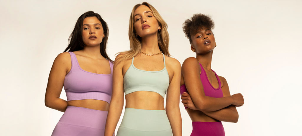 La mejor ropa para hacer Yoga este verano 2021